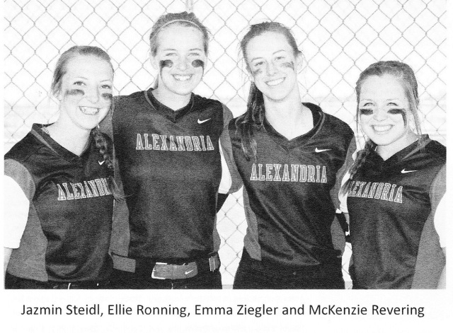 softball seniors '17-2-1 - Copy