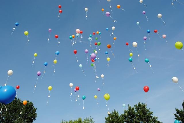 balloons-1012541_960_720